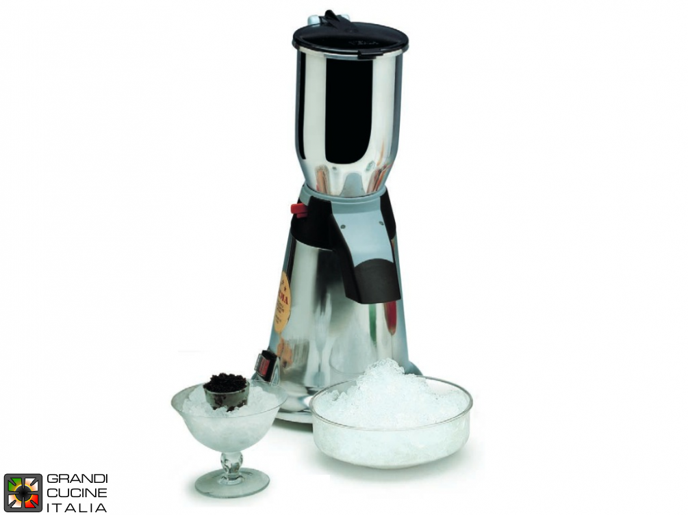 Ice crusher with 2 Liter capacity glass