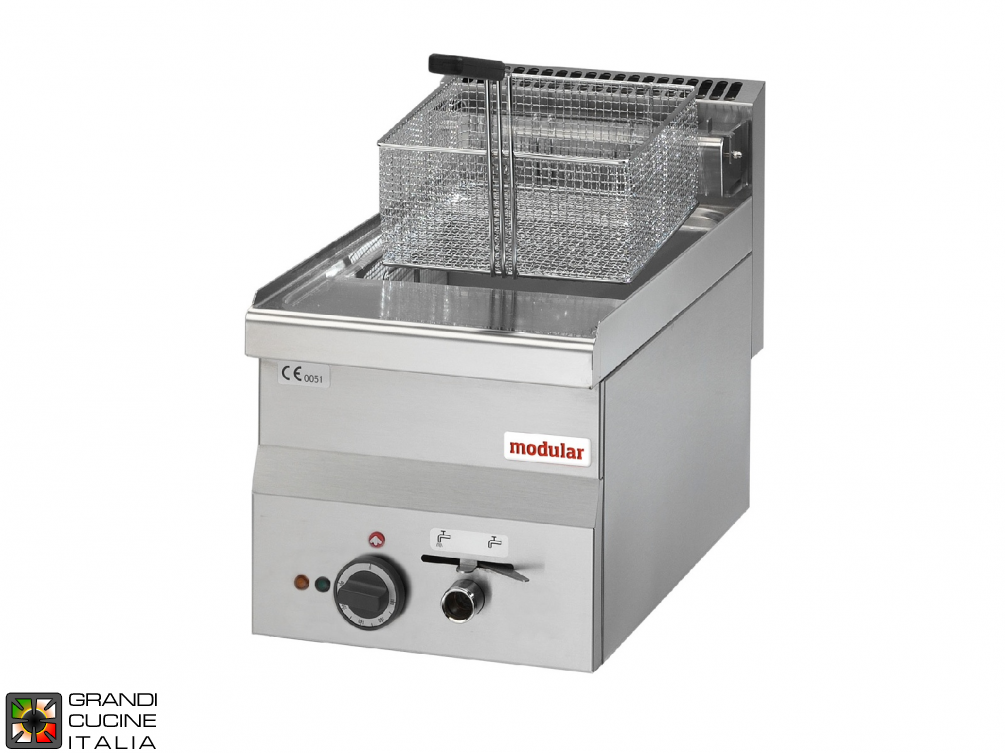 Electric fryer - 1 well, 10 Lt. capacity, supplied with basket - 400V