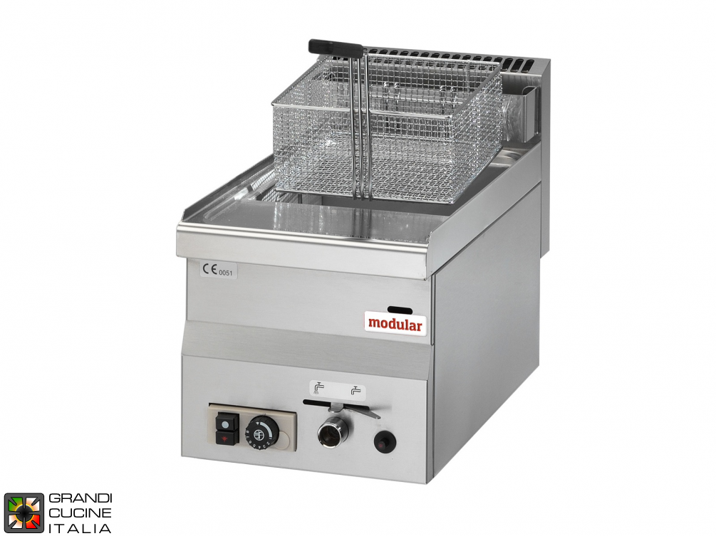 Gas fryer - 1 well - 8 Lt. capacity, supplied with basket