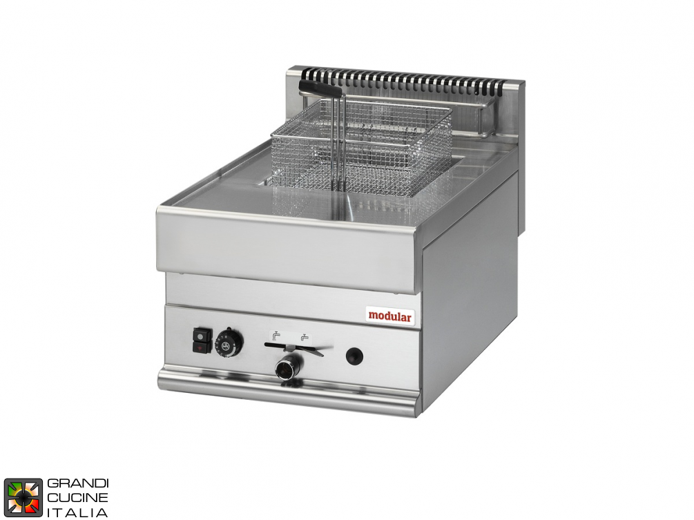 Gas fryer - 1 well - 8 Lt. capacity