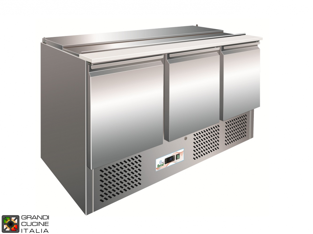 Refrigerated Saladette - GN 1/1 - Condiments Holder Capacity 4x GN 1/1 - Temperature +2°C / +8°C - Three Doors - Bottom Engine compartment - Smooth worktop - Static Refrigeration