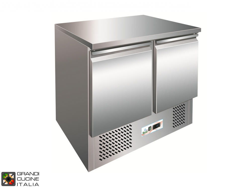 Refrigerated counter - GN 1/1 - Temperature +2°C / +8°C - Two Doors - Bottom Engine compartment - Smooth worktop - Static Refrigeration