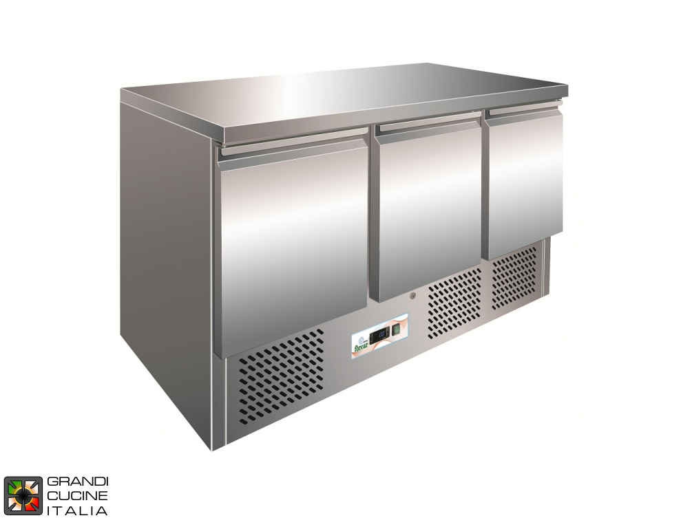 Refrigerated counter - GN 1/1 - Temperature +2°C / +8°C - Three Doors - Bottom Engine compartment - Smooth worktop - Static Refrigeration